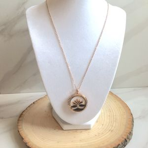 Lotus Aromatherapy Pendant Rose Gold Necklace